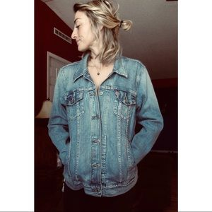 Womens Levi's Denim Trucker Jacket